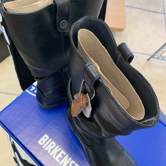 Birkenstock Shoes - Black leather boots